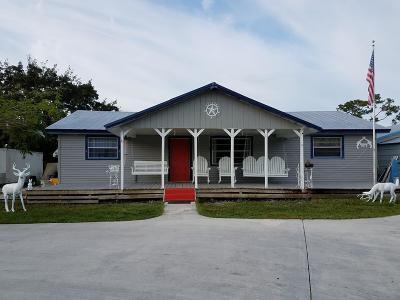 Hobe Sound Single Family Home For Sale: 6120 SE Bridge Road