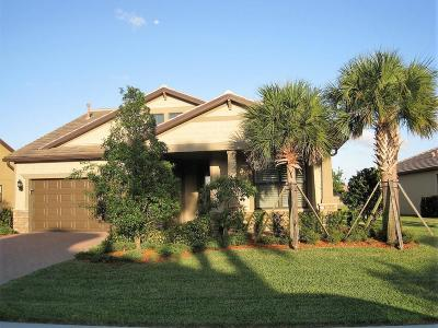 Single Family Home For Sale: 230 SE Courances Drive