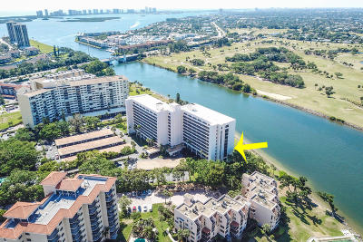 North Palm Beach Condo For Sale: 356 Golfview Road #410