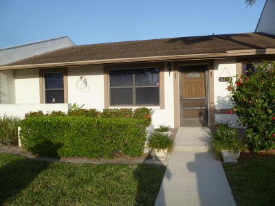 Lake Worth Single Family Home For Sale: 6112 Fairfield Circle