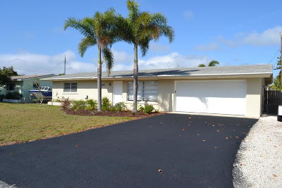 North Palm Beach, Jupiter, Palm Beach Gardens, Port Saint Lucie, Stuart, West Palm Beach, Juno Beach, Lake Park, Tequesta, Royal Palm Beach, Wellington, Loxahatchee, Hobe Sound, Boynton Beach Single Family Home Sold: 19148 SE Bryant Drive