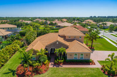 Stuart Single Family Home For Sale: 858 SE Tres Belle Circle