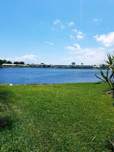 Boynton Beach Condo For Sale: 1114 Lake Terrace #202