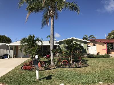 Lantana Single Family Home For Sale: 1125 Pine Tree Drive