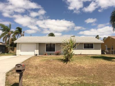 Port Saint Lucie Single Family Home Contingent: 151 SE Duxbury Avenue