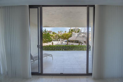 Highland Beach Condo For Sale: 4740 S Ocean Boulevard #104
