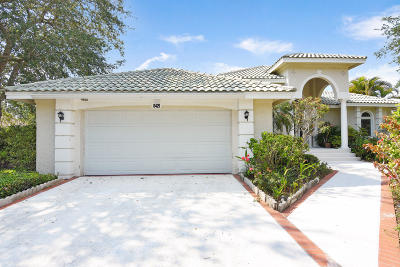 Jupiter Single Family Home For Sale: 8429 SE Island Way