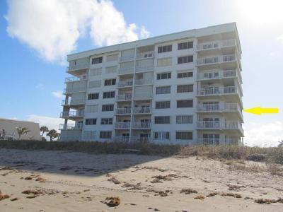 Hutchinson Island Condo For Sale: 10980 S Ocean Drive #411