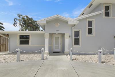 North Palm Beach Single Family Home For Sale: 720 Cinnamon Rd
