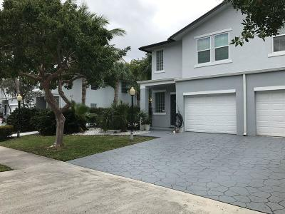 Delray Beach Townhouse For Sale: 2300 Florida Boulevard #D