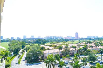 Boca Raton Condo Contingent: 99 SE Mizner Boulevard #25