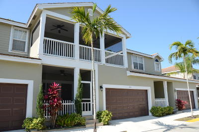 Coral Springs Townhouse For Sale: 10572 NW 56th Drive #105732