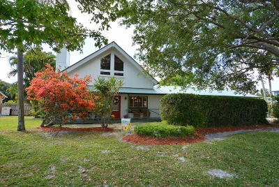 Hobe Sound Single Family Home For Sale: 8102 SE Shiloh Terrace