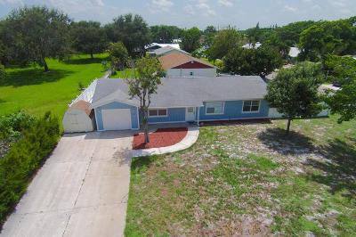 Jensen Beach Single Family Home For Sale: 1542 NE 25th Tc