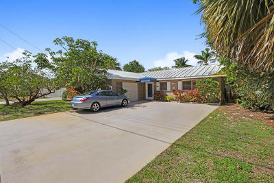 Jupiter Single Family Home For Sale: 355 Center Street