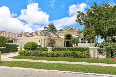 Loxahatchee Club At Maplewood 1 Ph 2, Loxahatchee Club At Maplewood 3 Ph 2, Loxahatchee Club At Maplewood 6 Ph 2, Loxahatchee Club At Maplewood 8 Ph 2, Loxahatchee Club At Maplewood Pl 4 Ph 2, The Loxahatchee Club Single Family Home For Sale: 110 Echo Drive