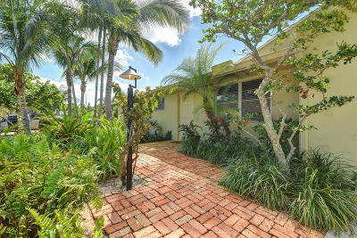 Tequesta Single Family Home For Sale: 364 Beacon Street