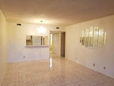 Royal Palm Beach Single Family Home For Sale: 12005 Poinciana Boulevard #101