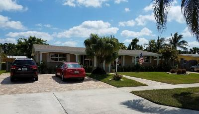 North Palm Beach Single Family Home Contingent: 764 Westwind Drive