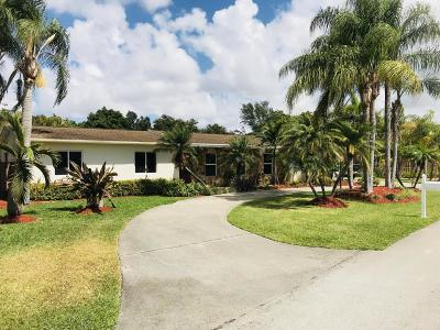 Miami Single Family Home For Sale: 9725 SW 143 Drive
