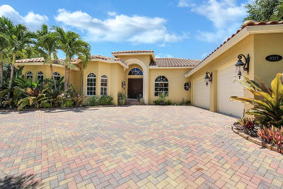 West Palm Beach Single Family Home For Sale: 3327 Embassy Drive