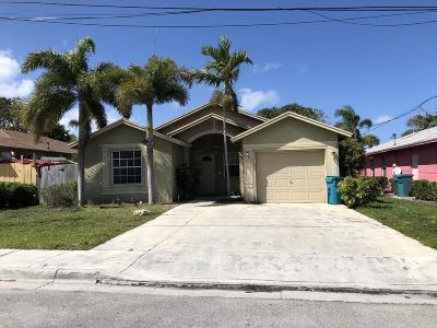 Boynton Beach Single Family Home For Sale: 405 NE 13th Avenue