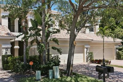 North Palm Beach Townhouse Contingent: 723 Cable Beach Lane