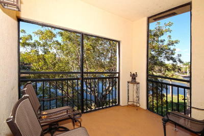 Palm Beach Gardens Condo For Sale: 2814 Grande Parkway #304