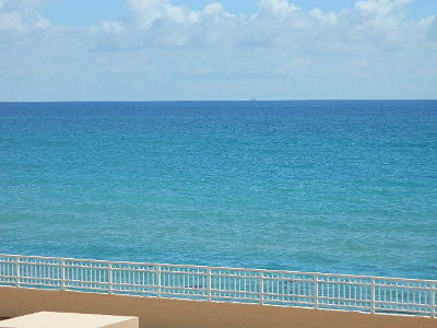 Highland Beach Condo For Sale: 4505 S Ocean Boulevard #106