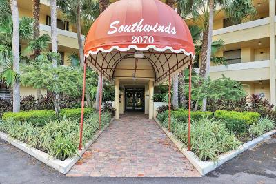 Delray Beach Condo For Sale: 2070 Homewood Boulevard #108