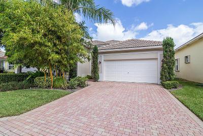 Atlantis Single Family Home For Sale: 156 Palm Circle