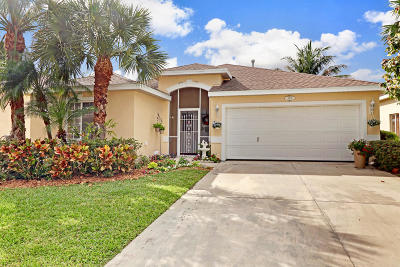 Stuart Single Family Home For Sale: 4704 SE Winter Haven Court
