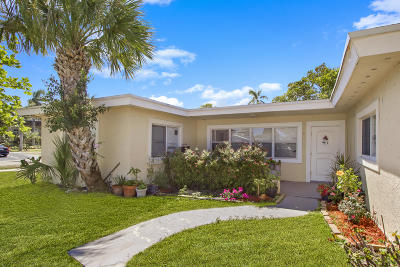 Jupiter Single Family Home For Sale: 108 Loxahatchee Drive