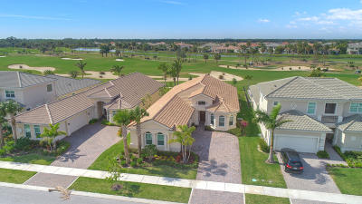 Jupiter Single Family Home For Sale: 135 Lucia Court