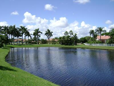 Boca Raton Single Family Home For Sale: 6558 Newport Lake Circle