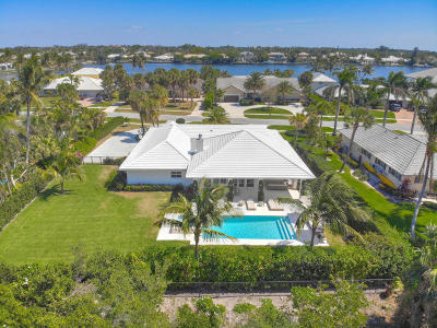 North Palm Beach Single Family Home For Sale: 11939 Lake Shore Place