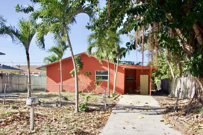 Lake Worth Single Family Home Contingent: 4715 Cambridge Street