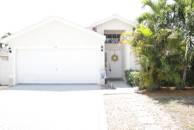 West Palm Beach Single Family Home For Sale: 1785 Sawgrass Circle