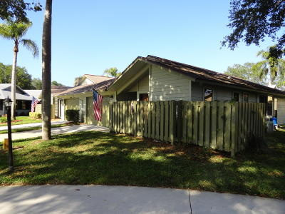 Hobe Sound Single Family Home For Sale: 13033 SE Cog Hill Court
