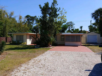 Stuart Single Family Home For Sale: 327 SW Dyer Drive