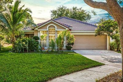Delray Beach Single Family Home For Sale: 593 Canoe Point