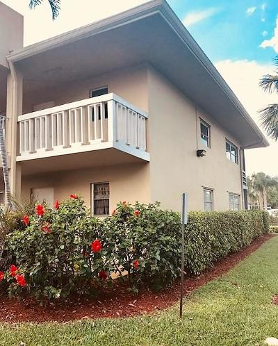 North Palm Beach Condo For Sale: 409 Us Highway 1 #210