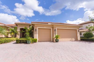 Jensen Beach Single Family Home For Sale: 3255 NW Stoney Creek Avenue