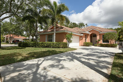 Jupiter Single Family Home For Sale: 169 Hampton Circle