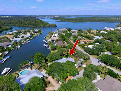 Indian River Shores Single Family Home For Sale: 4665 Pebble Bay S