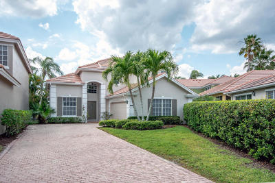 West Palm Beach Single Family Home For Sale: 8353 Heritage Club Drive