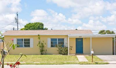 Lantana Single Family Home For Sale: 127 12th Street