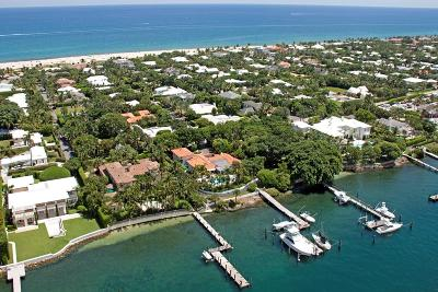 Palm Beach Single Family Home For Sale: 1404 Lake Way