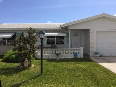 Boynton Beach Single Family Home For Sale: 2108 SW 22nd Street
