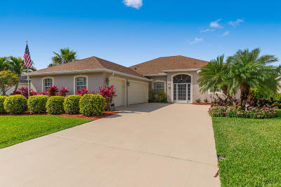 Jensen Beach Single Family Home Contingent: 470 NW Sunflower Place